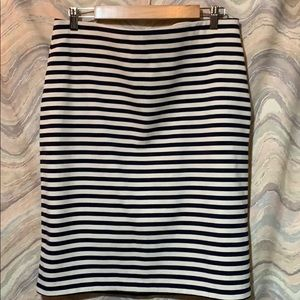 Striped skirt, Navy & White, size Large,Tall 1328
